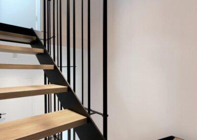 schody policzkowe dębowe stalowe