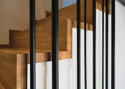 schody Bielsko dywanowe dębowe