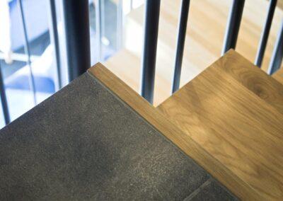 detal schody dywanowe